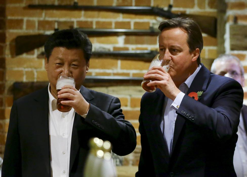 Mare încântare pe faţa preşedintelui chinez şi a premierului britanic. Mare de tot!