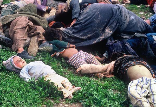 Halabja, 1988: Cam la fel ar putea arăta, curând, şi oraşele Europei, ne avertizează premierul francez Manuel Walls.