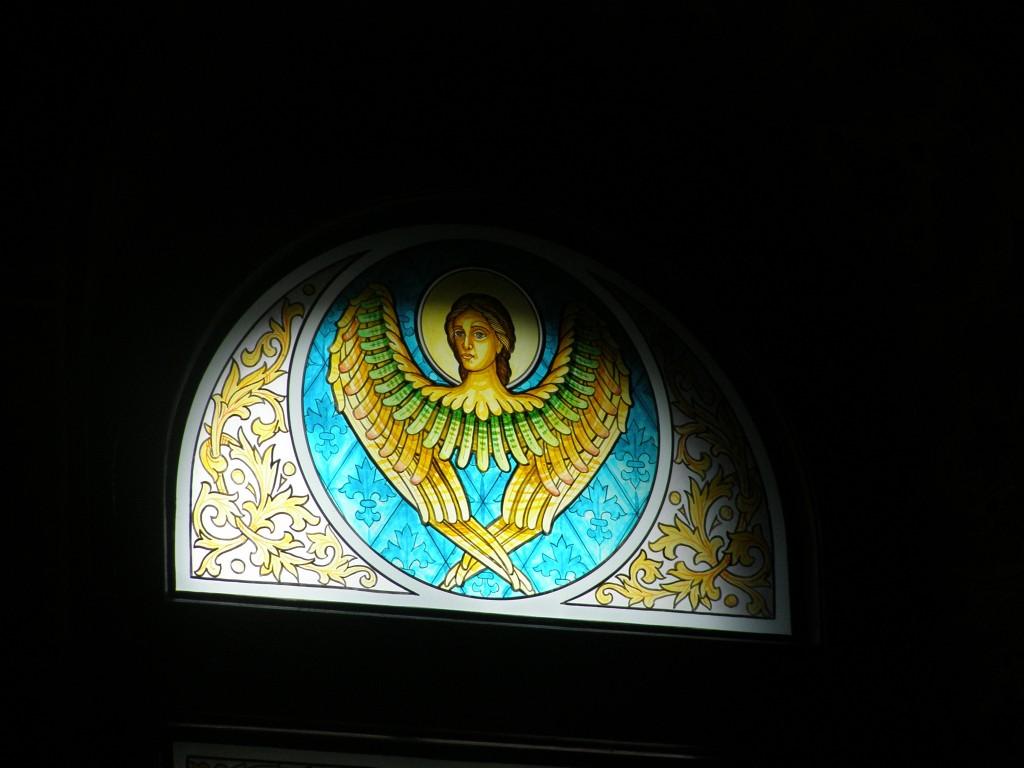 Îngerii să îi păzească şi să îi îngrijească pe cei doi eroi de la clubul Colectiv