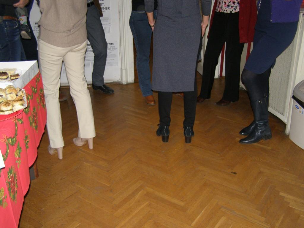 Aceeaşi petrecere, altă scenă de grup.