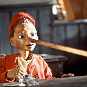 Pinocchio e mic copil: lui Putin, nasul i s-a lungit deja, de-atâtea minciuni, de-i pe punctul să iasă din Sistemul Solar