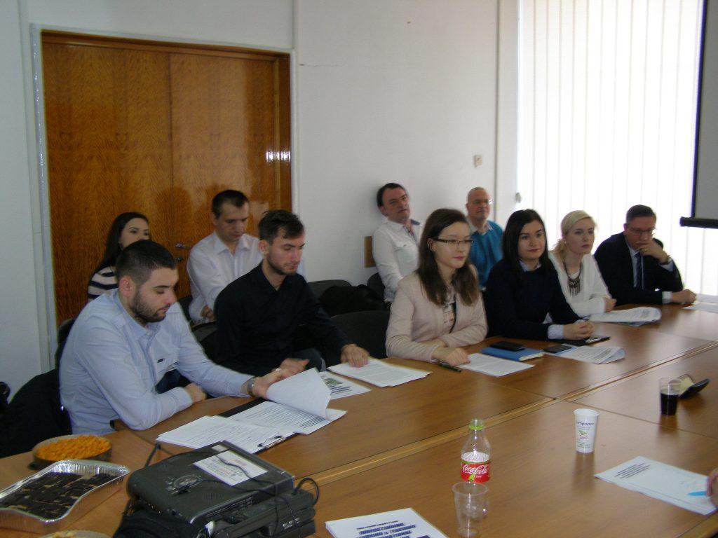 Câţiva dintre studenţii, colegii şi prietenii mei alături de care am participat, la 14 decembrie, la Conferinţa anuală Understanding, Learning & Teaching International Relations: