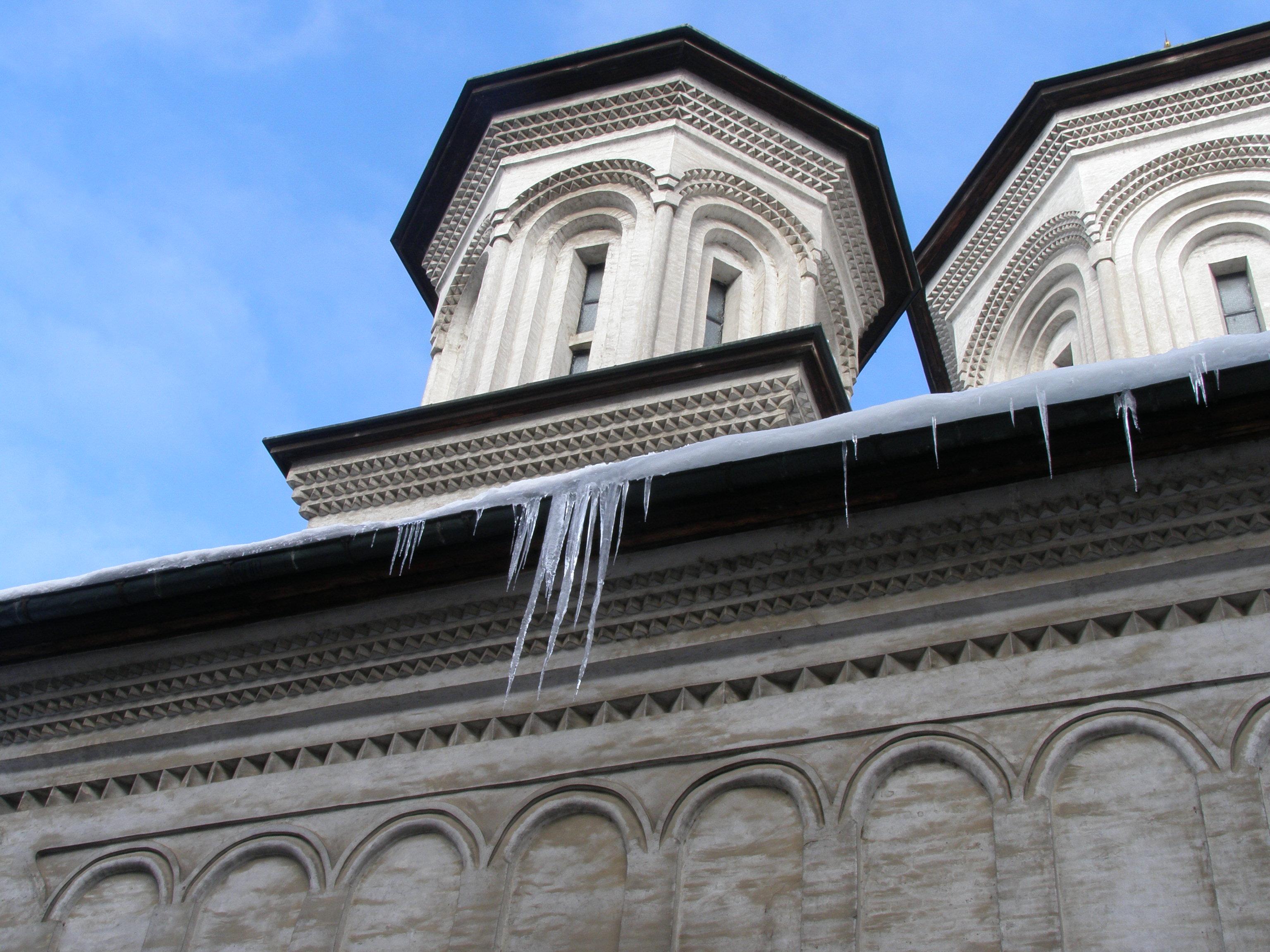 La Mănăstirea Radu Vodă.